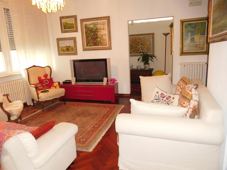 Villa vendita PISA (PI) - 7 LOCALI - 293 MQ