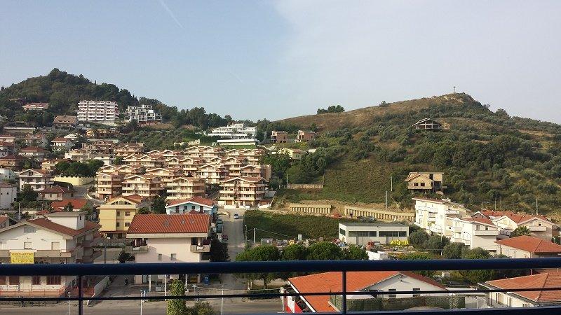 Bilocale Montesilvano Via Verrotti 10