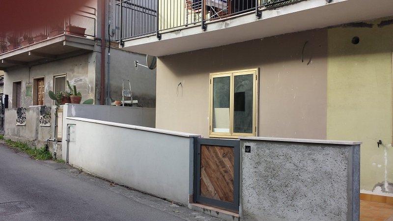 Bilocale Cappelle sul Tavo Via Roma 1