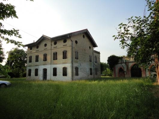 Rustico / Casale in Vendita a Fiume Veneto