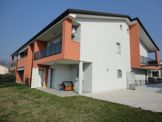 Villa a Schiera in Vendita a Fontanafredda