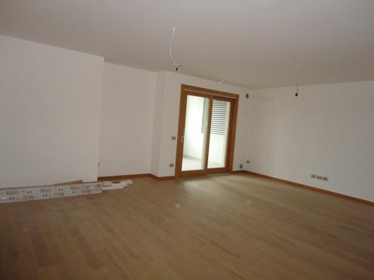 Appartamento in vendita a Pordenone, 3 locali, zona Zona: Centro, Trattative riservate | Cambio Casa.it