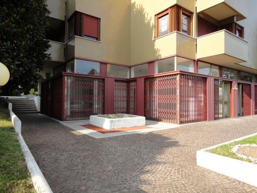 Negozio / Locale in affitto a Pordenone, 9999 locali, zona Zona: Semicentro, prezzo € 800 | Cambio Casa.it