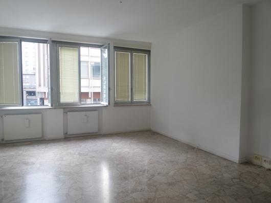Ufficio / Studio in affitto a Pordenone, 7 locali, zona Zona: Centro, prezzo € 900 | Cambio Casa.it