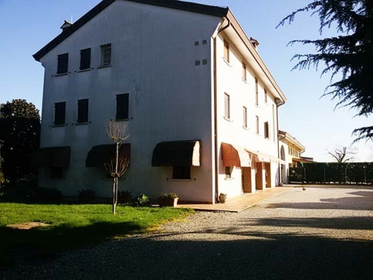 Villa a Schiera in vendita a Chiarano, 4 locali, prezzo € 150.000 | Cambio Casa.it
