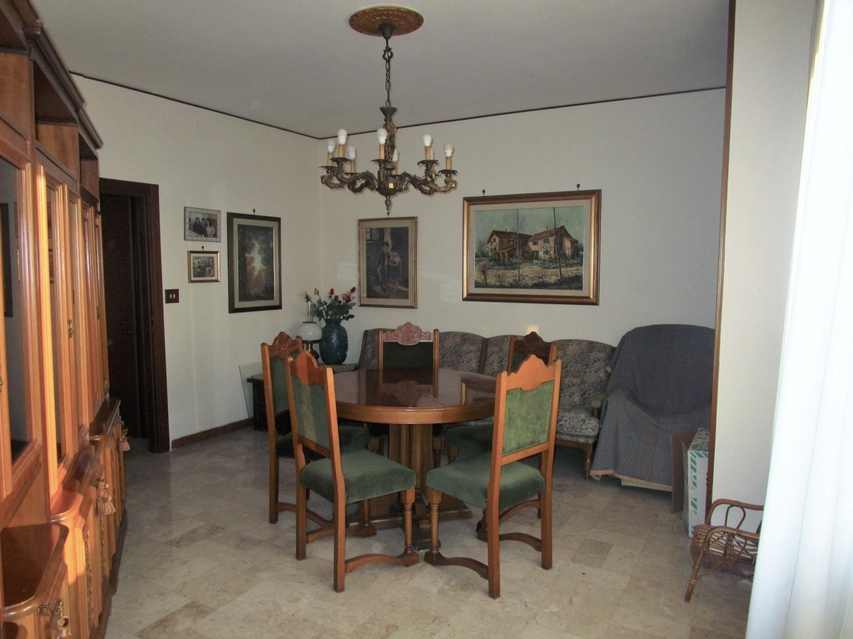 Appartamento, Via Manin,, Vendita - Venezia (Venezia)