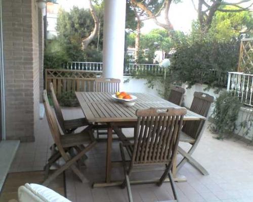 Immobile Turistico in affitto a Riccione, 3 locali, prezzo € 7.500 | Cambio Casa.it