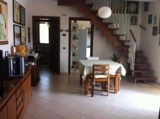 Appartamento in vendita a Misano Adriatico, 4 locali, prezzo € 330.000 | Cambio Casa.it