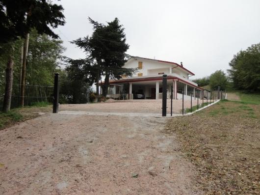 Villa vendita GEMMANO (RN) - 7 LOCALI - 380 MQ