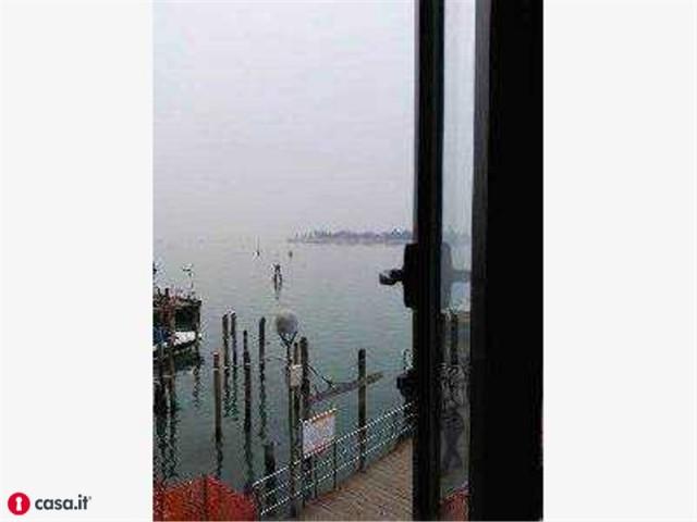 vendita appartamento venezia   290000 euro  3 locali  55 mq