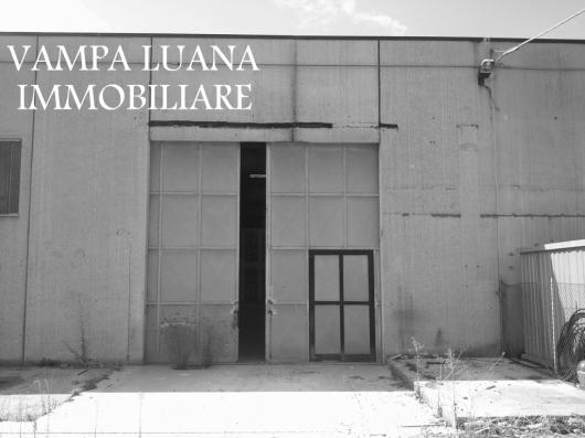 Capannone in affitto a San Clemente, 9999 locali, zona Zona: Sant'Andrea in Casale, prezzo € 2.000 | Cambio Casa.it