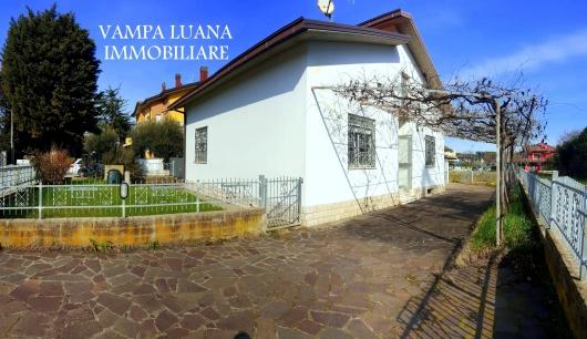 Villa vendita SAN GIOVANNI IN MARIGNANO (RN) - 4 LOCALI - 90 MQ
