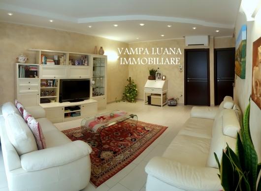 Villa vendita MONTE COLOMBO (RN) - 3 LOCALI - 120 MQ