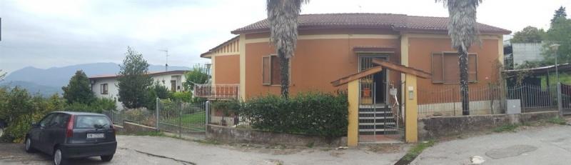 Villa in vendita a Apollosa (BN)