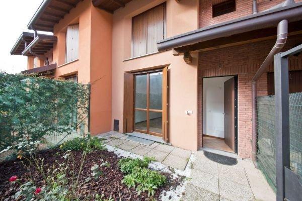 Villa in vendita a Rovellasca (CO)
