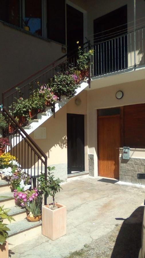 Appartamento in vendita a Rovello Porro (CO)