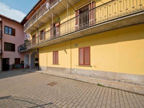 Appartamento in affitto a Fenegrò (CO)