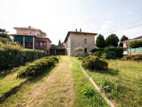 Casa indipendente in vendita a Fenegrò (CO)