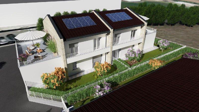 Villa in vendita a Bregnano (CO)