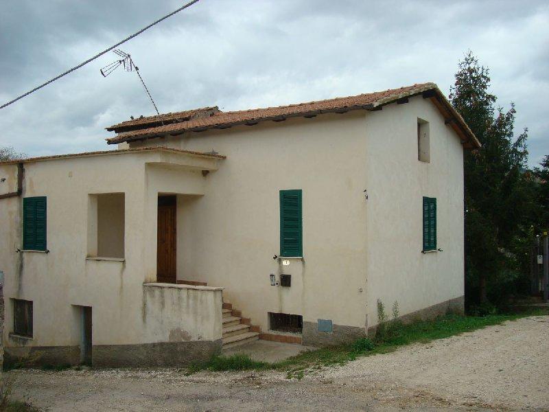 Casa Indipendente vendita FARA IN SABINA (RI) - 4 LOCALI - 90 MQ