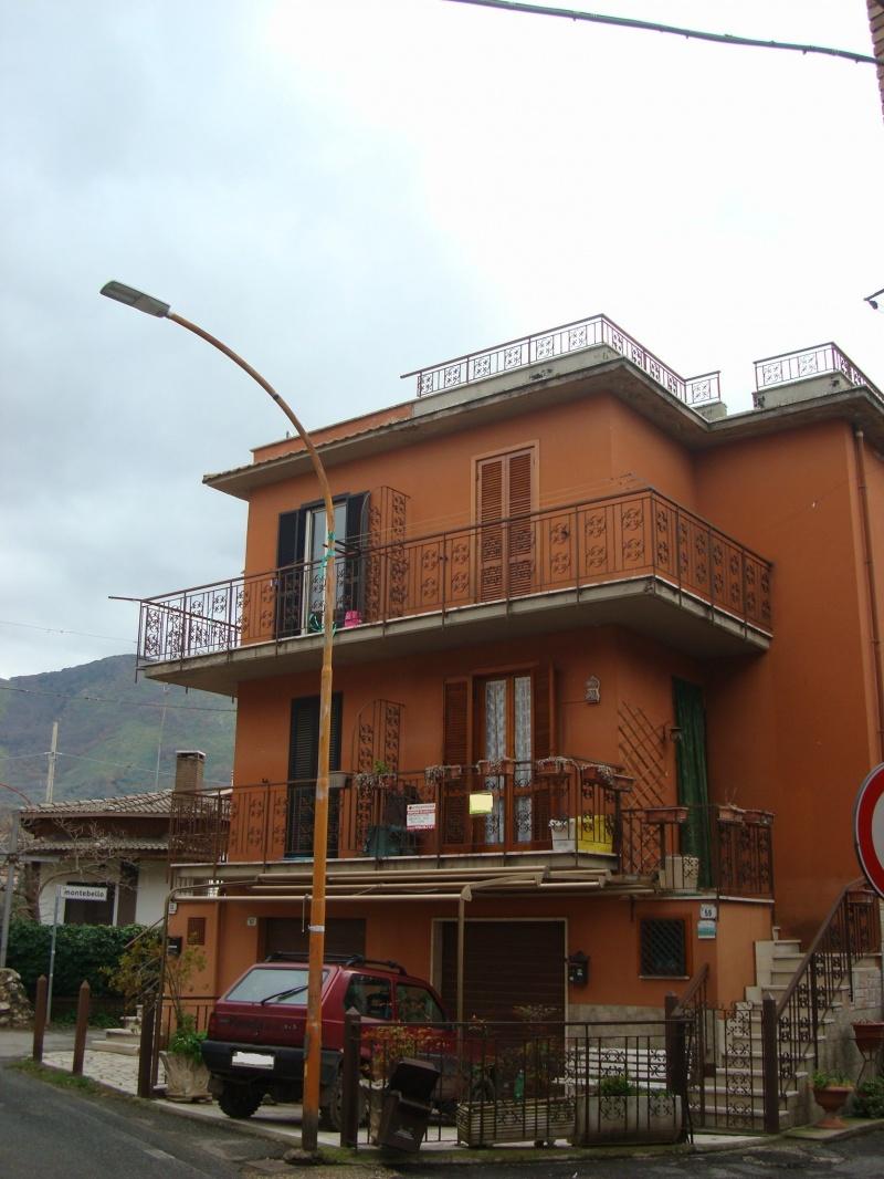 Appartamento affitto Fara In Sabina (RI) - 3 LOCALI - 58 MQ