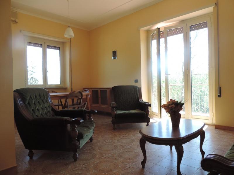Appartamento affitto Fara In Sabina (RI) - 3 LOCALI - 80 MQ