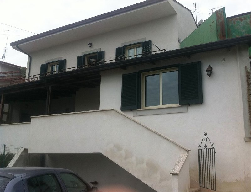 Villa in affitto a Cassino, 3 locali, prezzo € 500 | Cambio Casa.it