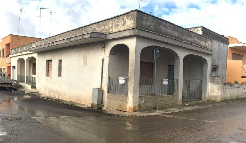 Soluzione Indipendente in vendita a Ugento, 4 locali, prezzo € 110.000 | CambioCasa.it