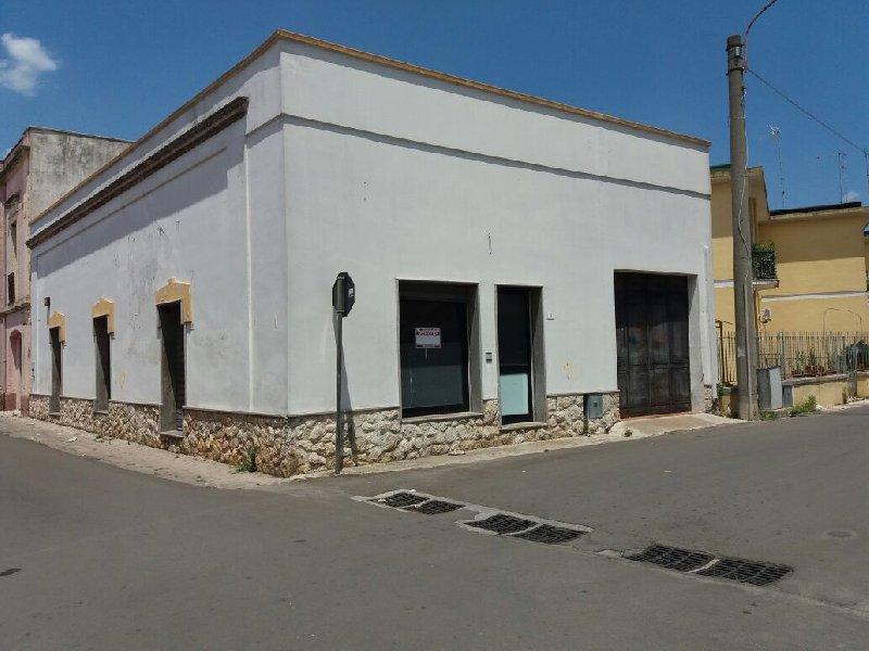 Soluzione Indipendente in vendita a Acquarica del Capo, 3 locali, prezzo € 80.000 | CambioCasa.it