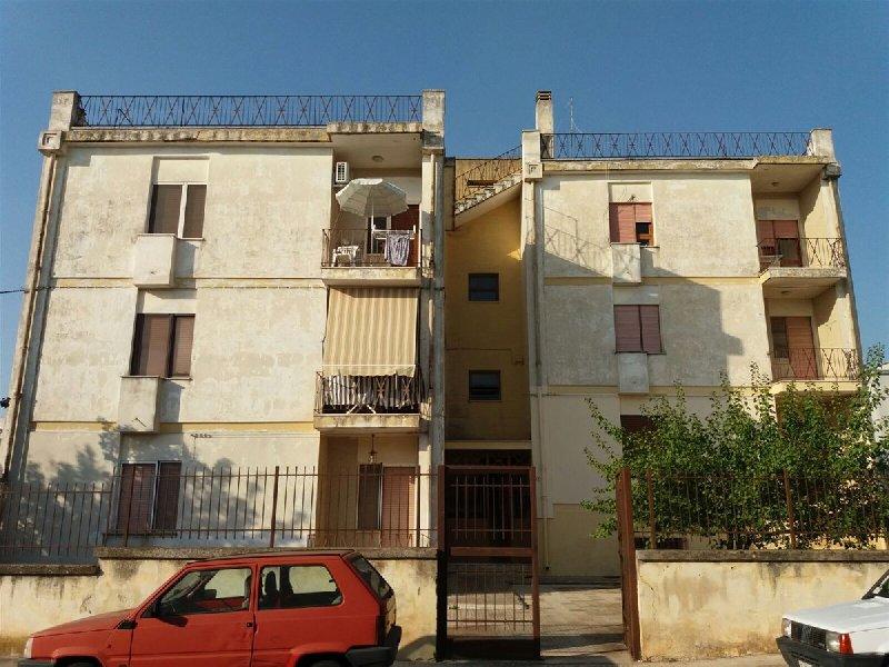 Appartamento in vendita a Presicce, 5 locali, prezzo € 50.000 | CambioCasa.it