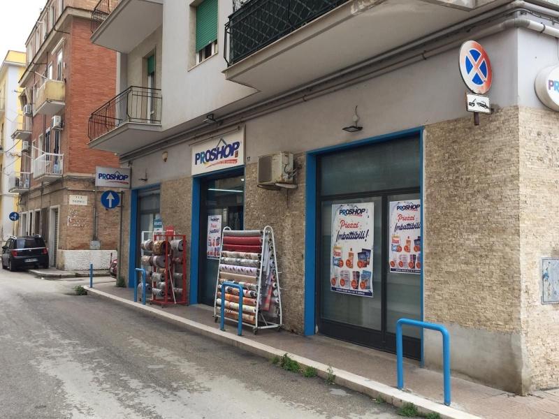 Negozio Vendita FOGGIA Mq 157 euro 158000