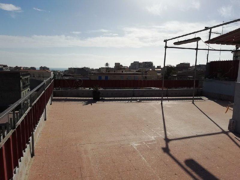 vendita appartamento catania   80000 euro  4 locali  85 mq