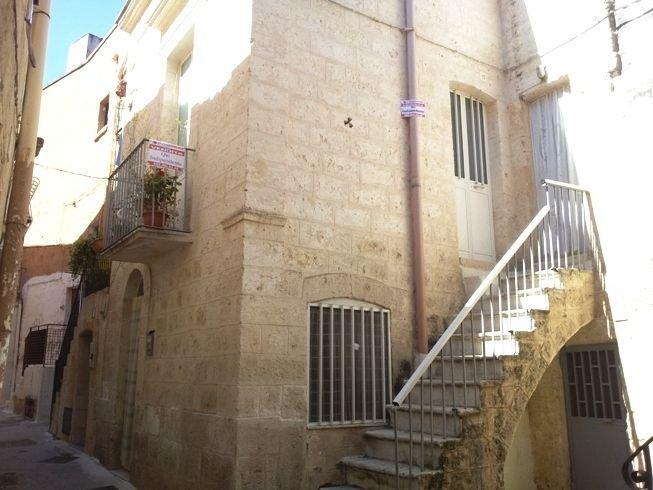 Soluzione Indipendente in vendita a Capurso, 9999 locali, prezzo € 120.000 | Cambio Casa.it