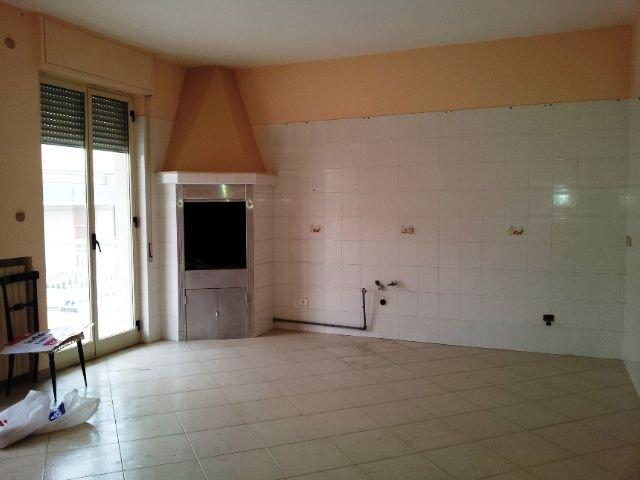 Appartamento in vendita a Cellamare, 4 locali, prezzo € 165.000 | CambioCasa.it