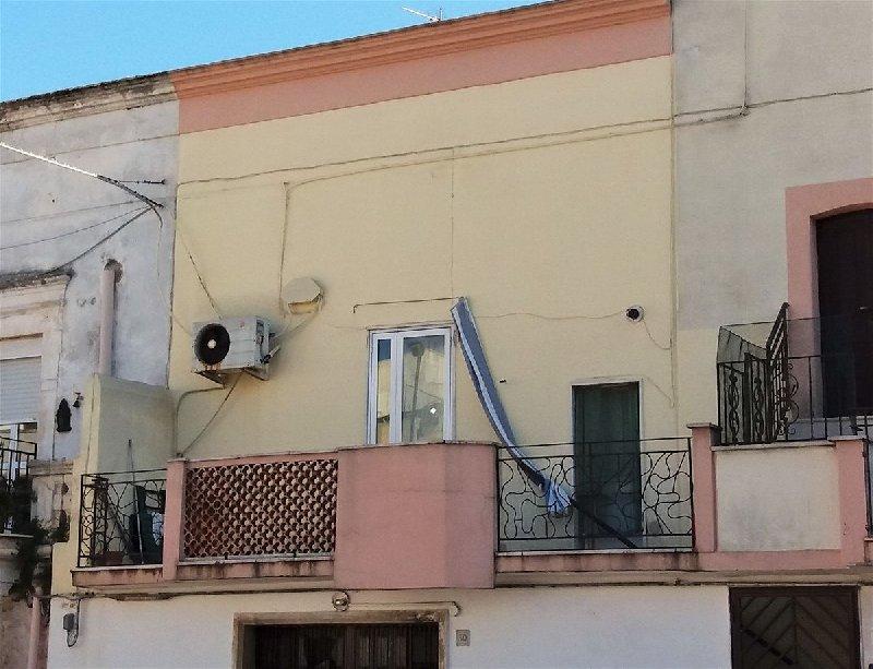 Soluzione Indipendente in vendita a Cellamare, 3 locali, prezzo € 100.000 | CambioCasa.it