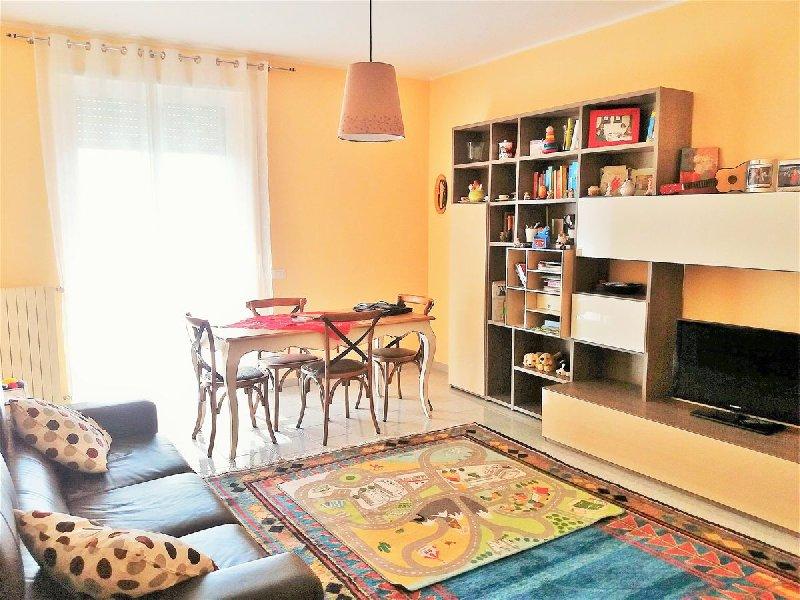 Appartamento in vendita a Cellamare, 3 locali, prezzo € 95.000 | CambioCasa.it