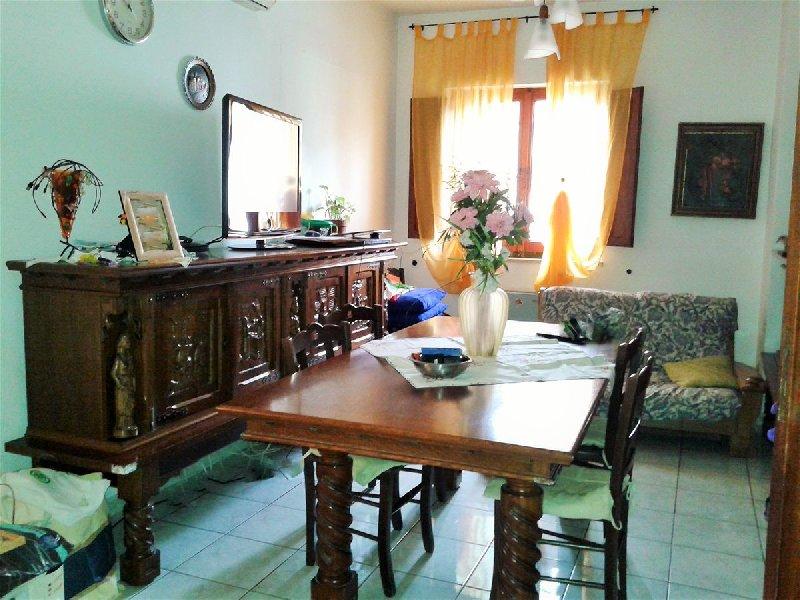 Villa in vendita a Capurso, 7 locali, prezzo € 325.000 | CambioCasa.it