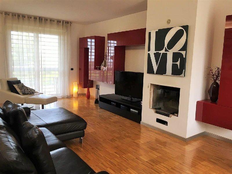 Villa in vendita a Cellamare, 6 locali, Trattative riservate | CambioCasa.it