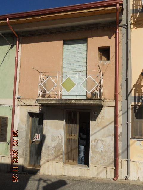 Soluzione Indipendente in vendita a Vibo Valentia, 9999 locali, Trattative riservate   CambioCasa.it