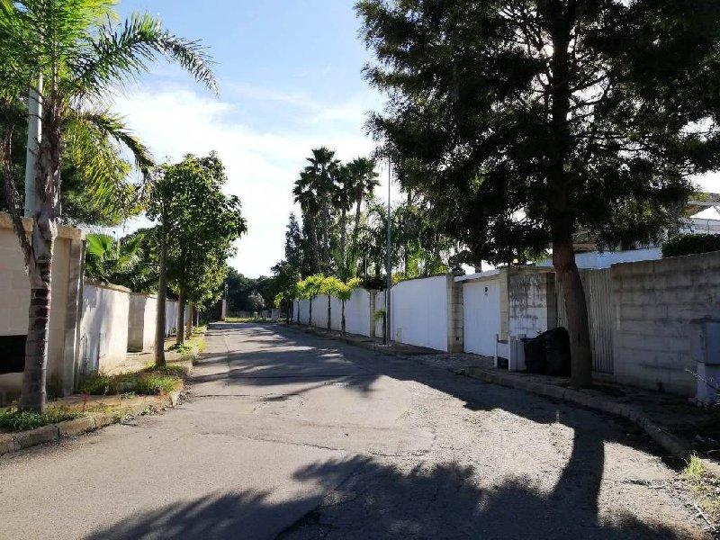Villa vendita LECCE (LE) - 5 LOCALI - 240 MQ