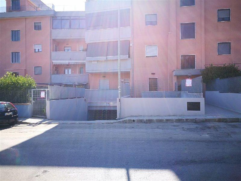 Casa indipendente in vendita a Francavilla Fontana (BR)