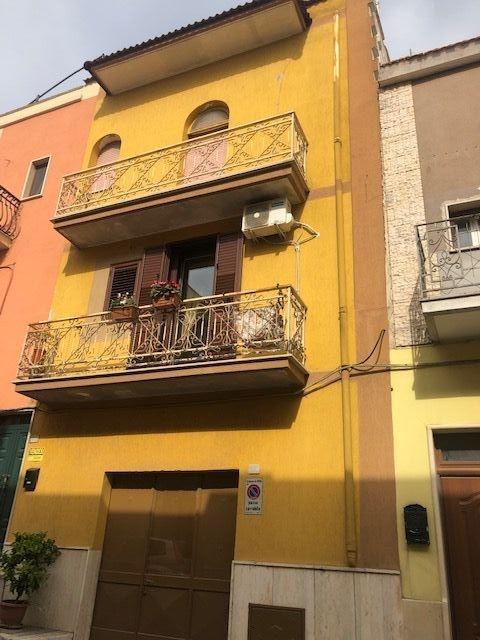 Appartamento vendita ORIA (BR) - 5 LOCALI - 90 MQ