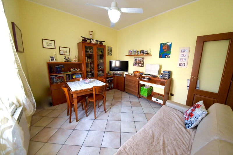 Appartamento vendita BOLLATE (MI) - 2 LOCALI - 60 MQ