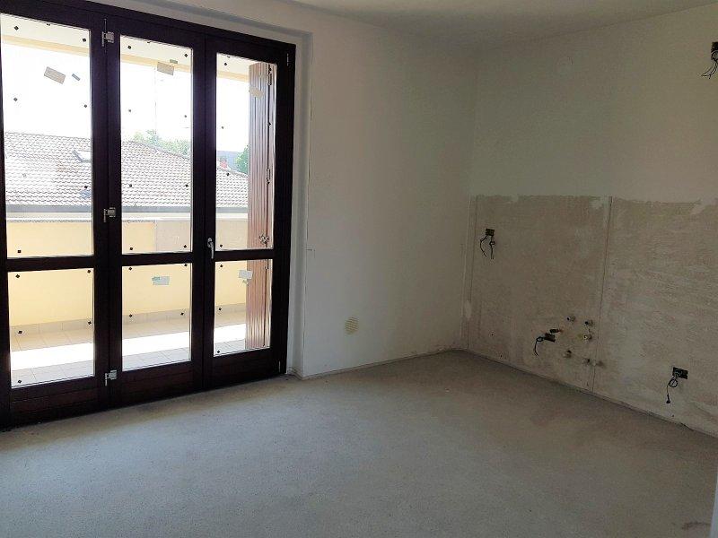 Appartamento vendita BOLLATE (MI) - 3 LOCALI - 90 MQ