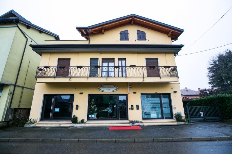 Negozio affitto Cesate (Milano)
