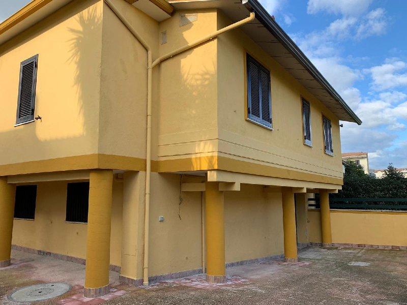 Appartamento in affitto a Recale (CE)