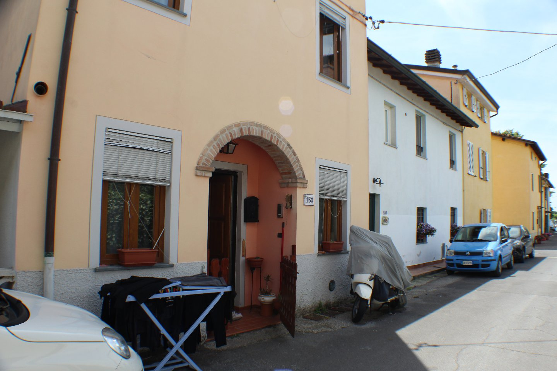 vendita appartamento lucca   188000 euro  3 locali  120 mq