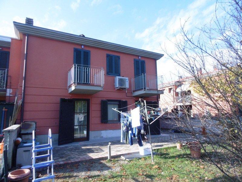 Appartamento vendita PORCARI (LU) - 4 LOCALI - 70 MQ
