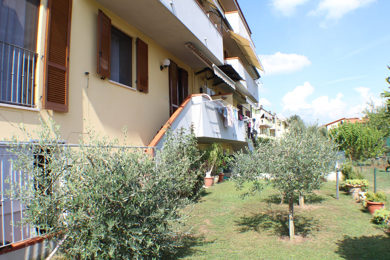 vendita appartamento altopascio   120000 euro  3 locali  65 mq