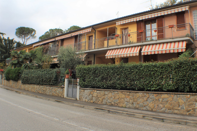 vendita appartamento altopascio   105000 euro  3 locali  70 mq